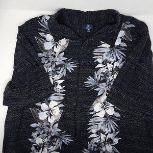 Men's button up Hawaiian shirt